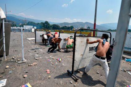 https___cdn.cnn.com_cnnnext_dam_assets_190223165825-03-venezuela-unrest-0223